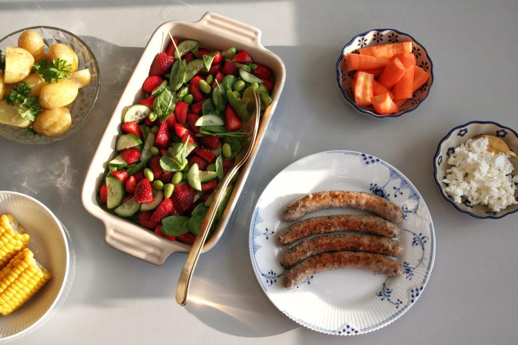 Jordbærsalat med edamamebønner